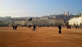 Place Bellecour - par Mgx78230